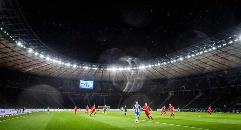 https: img.okezone.com content 2020 05 23 51 2218328 hertha-berlin-vs-union-berlin-tuan-rumah-pesta-gol-atas-tim-tamu-obsSIc5siE.jpeg