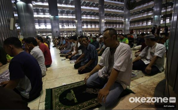 https: img.okezone.com content 2020 05 23 614 2218445 keutamaan-menghidupkan-malam-terakhir-bulan-ramadhan-BNeHAOlmuj.JPG
