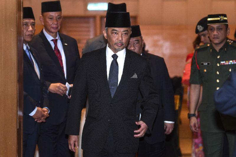 Idul Fitri Di Tengah Covid 19 Raja Malaysia Minta Rakyat Tetap