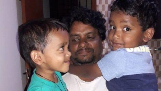 https: img.okezone.com content 2020 05 25 620 2219216 kisah-sopir-taksi-daring-asal-india-meninggal-akibat-covid-19-di-london-ttVYaYflCO.jpg