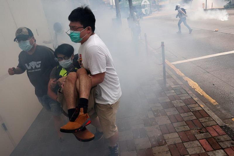 https: img.okezone.com content 2020 05 28 18 2220860 hong-kong-kembali-memanas-kjri-imbau-wni-jauhi-demonstrasi-9EdojCwDP4.jpg