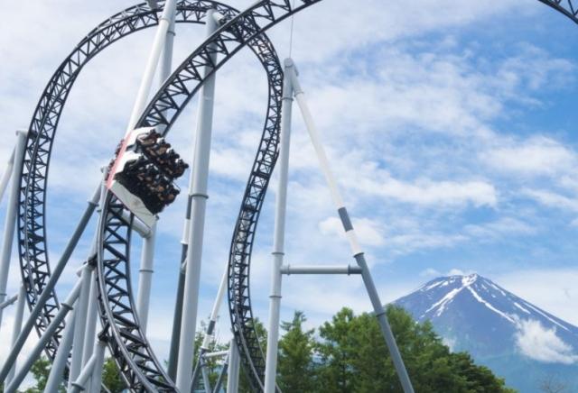 https: img.okezone.com content 2020 05 29 18 2221527 jepang-buka-taman-bermain-pengunjung-dilarang-berteriak-saat-naik-roller-coaster-c529MNrTX0.jpg