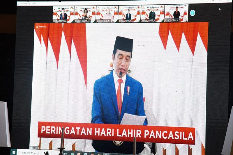 https: img.okezone.com content 2020 06 01 320 2222702 presiden-jokowi-semua-negara-berlomba-ingin-jadi-pemenang-dalam-pemulihan-ekonomi-DsGDSnVH0T.jpg
