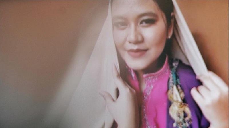 https: img.okezone.com content 2020 06 03 194 2223598 virtual-photoshoot-kahiyang-ayu-cantik-dengan-senyum-memesona-4xYcxBVhwj.jpg