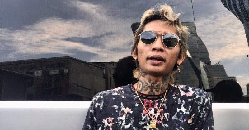 https: img.okezone.com content 2020 06 03 33 2224003 young-lex-indonesia-enggak-akan-siap-jalani-new-normal-gYOTqSBwFz.jpg
