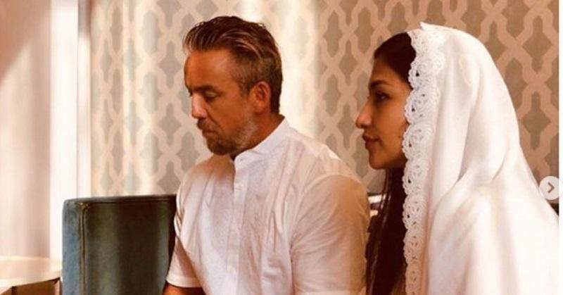 https: img.okezone.com content 2020 06 03 33 2224039 romantisnya-rahma-azhari-kenang-momen-akad-nikah-dengan-paris-chong-9YOInMdQ8k.jpg
