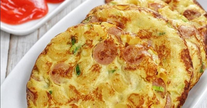 https: img.okezone.com content 2020 06 07 298 2225893 tips-bikin-pancake-makaroni-untuk-sarapan-besok-catat-resepnya-p8A1VSvIGP.jpg