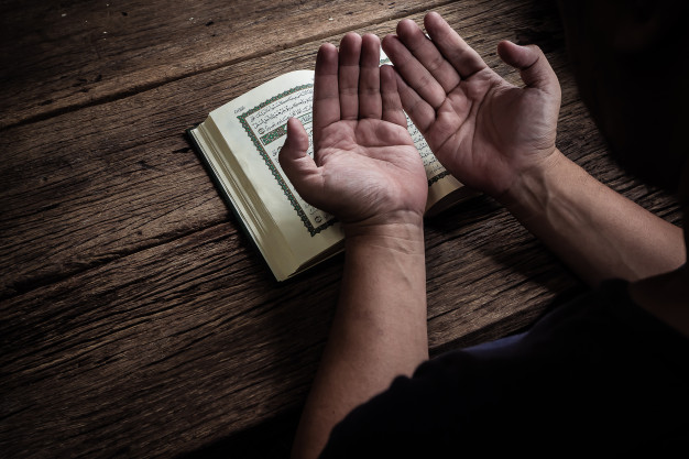 https: img.okezone.com content 2020 06 07 614 2225815 kisah-nabi-zakariya-gigih-berdoa-minta-keturunan-dikabulkan-di-usia-tua-NO9znB9spH.jpg