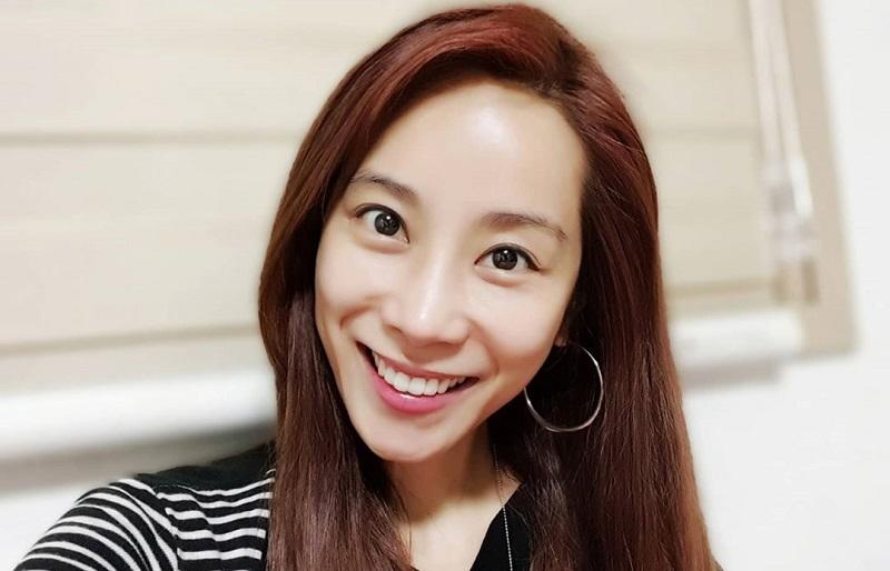 https: img.okezone.com content 2020 06 09 33 2226776 mantan-idol-k-pop-ini-murka-dapat-tawaran-prostitusi-lewat-medsos-sYfJyU3mHK.jpg