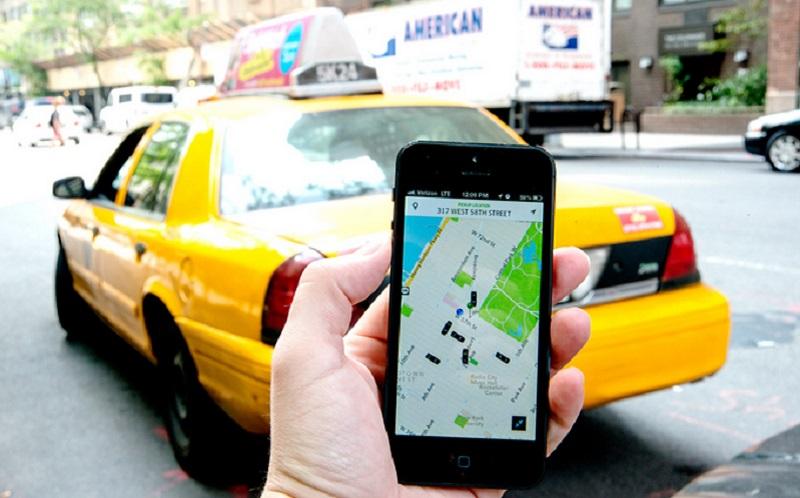 https: img.okezone.com content 2020 06 09 612 2226786 ongkos-naik-taksi-online-rp90-ribu-per-hari-rangga-berat-bos-gRoG7oCpuV.jpg