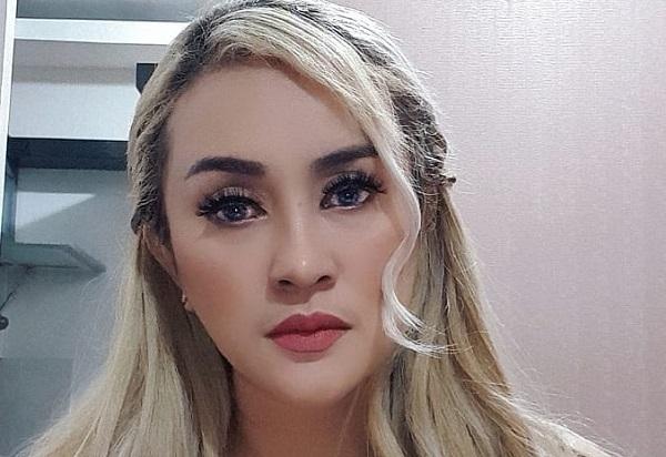 https: img.okezone.com content 2020 06 10 33 2227812 lia-ladysta-tegaskan-tak-pernah-singgung-syahrini-kxj3Yf3Gjj.jpg