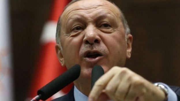 https: img.okezone.com content 2020 06 10 614 2227513 ditentang-erdogan-ngotot-jadikan-hagia-sophia-sebagai-masjid-Ctw603xJTL.jpg