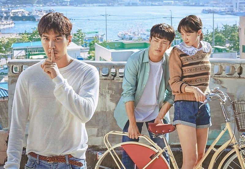 https: img.okezone.com content 2020 06 11 205 2228500 drama-korea-terbaik-di-baeksang-award-2020-u4AN78wJcG.jpg