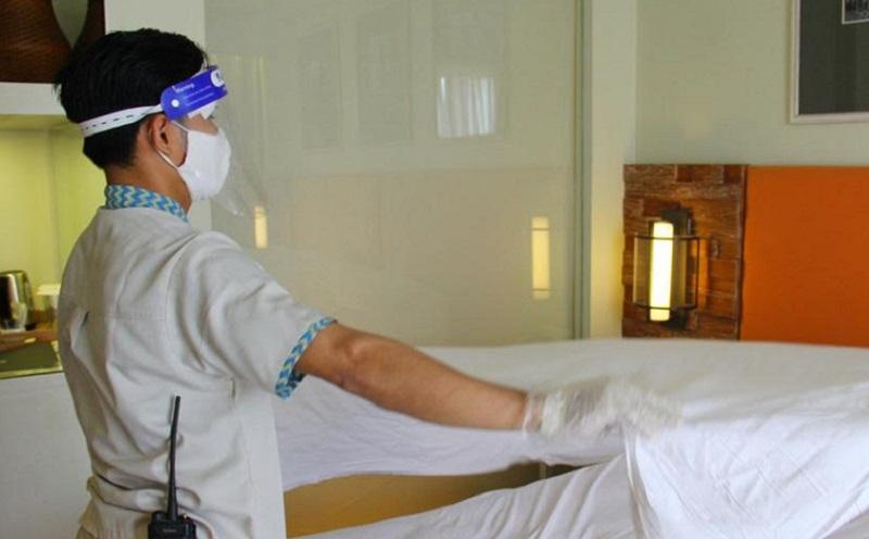 https: img.okezone.com content 2020 06 11 406 2228395 pelaku-wisata-diminta-sediakan-fasilitas-yang-utamakan-kebersihan-dan-kesehatan-Oi53PremtR.jpg