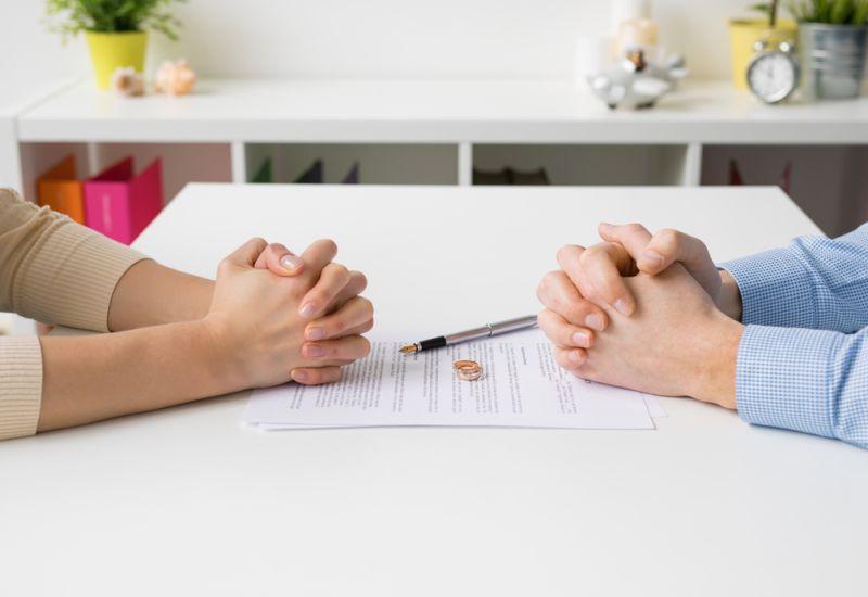 https: img.okezone.com content 2020 06 12 196 2229124 angka-perceraian-di-cianjur-naik-selama-pandemi-80-perempuan-gMccTLhftI.jpg
