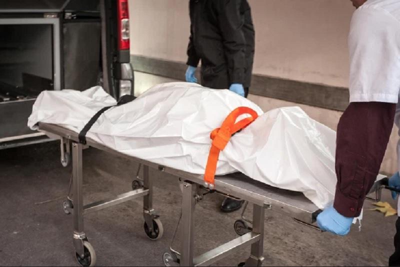 https: img.okezone.com content 2020 06 12 338 2229052 hasil-autopsi-jadi-bukti-ayah-gantung-diri-usai-bunuh-2-anaknya-dADO7w8kZ8.jpg