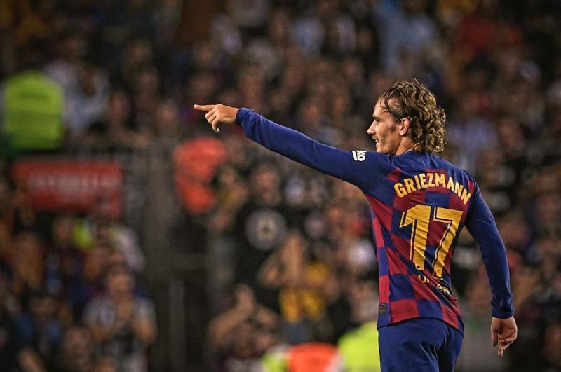https: img.okezone.com content 2020 06 16 46 2230662 meski-jarang-cetak-gol-pelatih-barcelona-tetap-anggap-griezmann-pemain-penting-YDbAzPsg9n.jpg