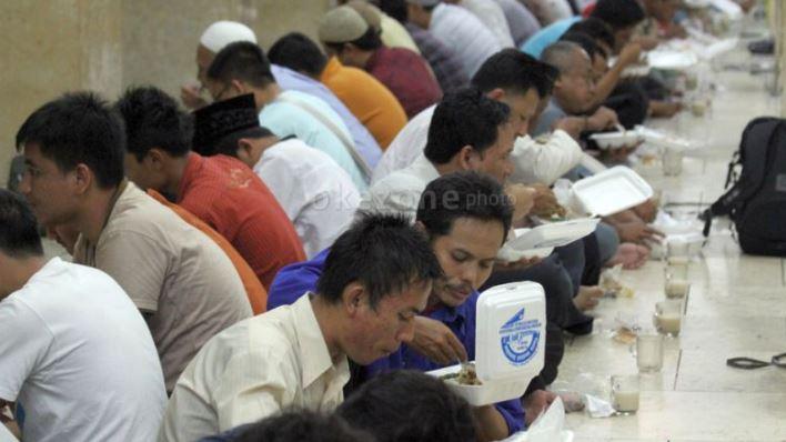 https: img.okezone.com content 2020 06 16 614 2230755 hukum-menggunakan-kas-masjid-untuk-kegiatan-keumatan-SQOnicfUQD.JPG