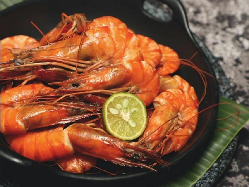 https: img.okezone.com content 2020 06 17 298 2231887 besok-mau-bawa-bekal-masak-udang-goreng-sambal-cabai-rawit-yuk-LsJzrV5lAm.jpg