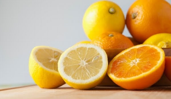https: img.okezone.com content 2020 06 17 611 2231351 ingin-kuku-cantik-rendam-pakai-ramuan-dari-lemon-yuk-sX9vqXcSVp.jpg