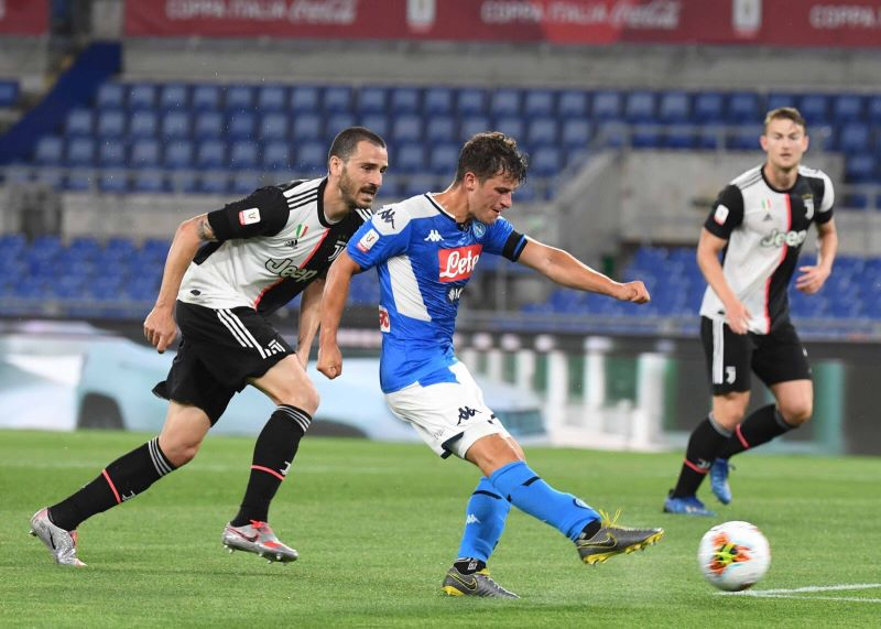 https: img.okezone.com content 2020 06 18 47 2231968 juventus-vs-napoli-i-partenopei-juara-coppa-italia-2019-2020-ctQXNAoETB.jpg
