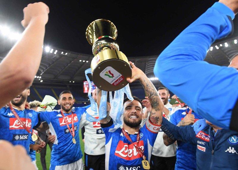 https: img.okezone.com content 2020 06 18 47 2232068 juventus-vs-napoli-pertama-kalinya-pemenang-coppa-italia-diputuskan-melalui-penalti-sejak-2009-8k26jfMbq6.jpg