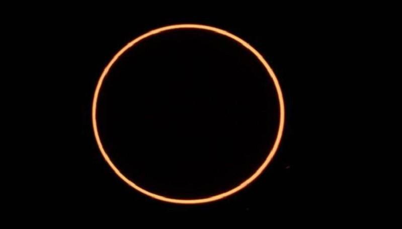 https: img.okezone.com content 2020 06 18 56 2232382 ini-negara-negara-yang-dapat-menyaksikan-gerhana-matahari-cincin-gaOxVEW0Nf.jpg