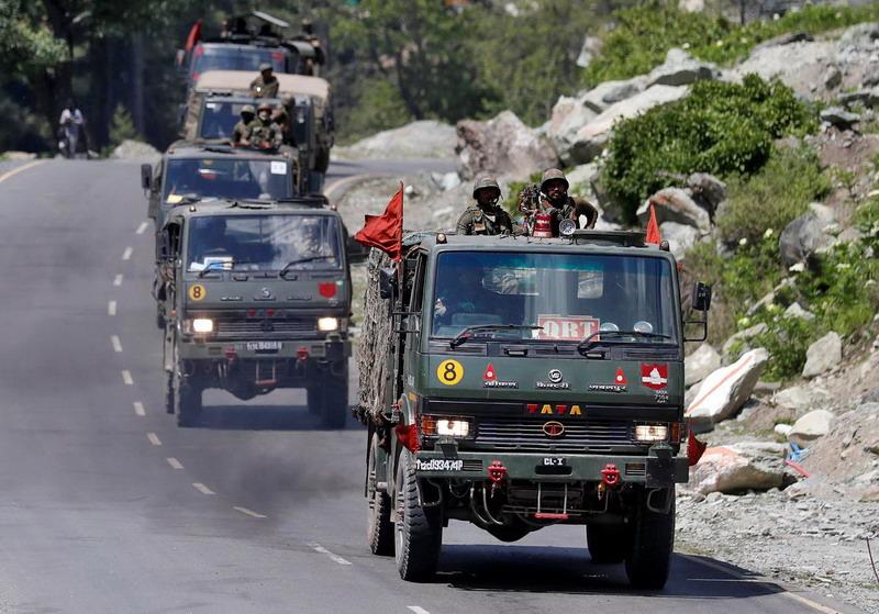 https: img.okezone.com content 2020 06 19 18 2232964 foto-satelit-tunjukkan-peningkatan-aktivitas-china-di-perbatasan-sebelum-bentrokan-dengan-india-Juti1s6AvM.jpg