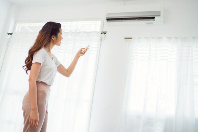 https: img.okezone.com content 2020 06 19 196 2233107 cuaca-panas-ini-5-tips-agar-rumah-tetap-sejuk-tanpa-menyalakan-ac-g0F5ZVWfTb.jpg