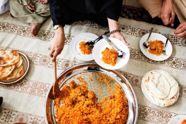 https: img.okezone.com content 2020 06 19 615 2233041 6-restoran-halal-di-makau-patut-dicoba-qK8HNrg8Mk.jpg