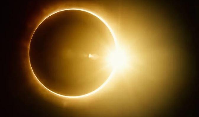 https: img.okezone.com content 2020 06 21 56 2233820 lebih-dari-2-jam-ini-kota-paling-lama-saksikan-gerhana-matahari-sebagian-GMPzs0lXRM.jpg