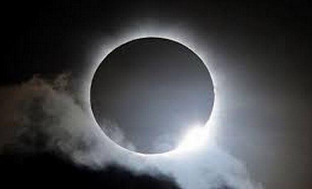 https: img.okezone.com content 2020 06 21 614 2233644 pbnu-sambut-gerhana-matahari-cincin-dengan-sholat-dan-zikir-2GWYZAhyDq.JPG