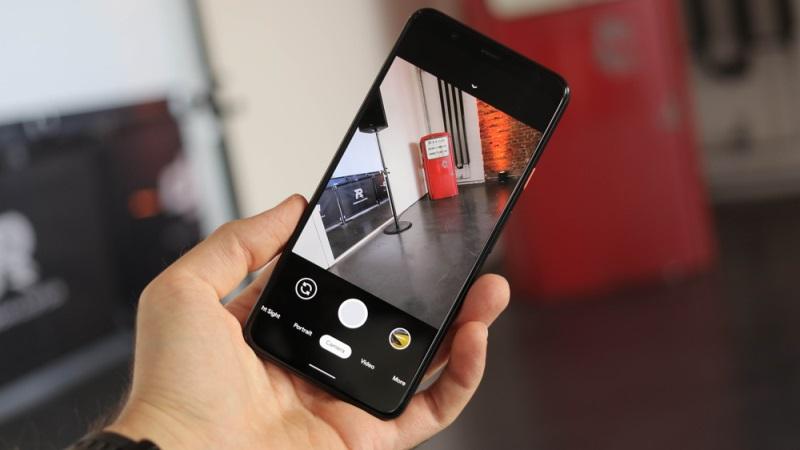 https: img.okezone.com content 2020 06 23 16 2235017 deretan-4-ponsel-dengan-kamera-terbaik-harga-rp2-jutaan-YMs2BtJjwS.jpg