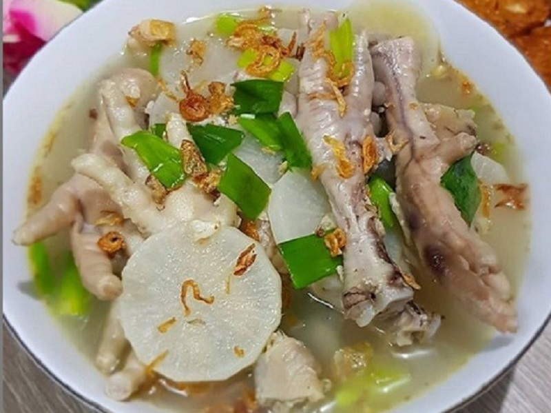 https: img.okezone.com content 2020 06 23 298 2234817 lezatnya-soto-bandung-ceker-kuahnya-seger-banget-PIK0nvCdQG.jpg