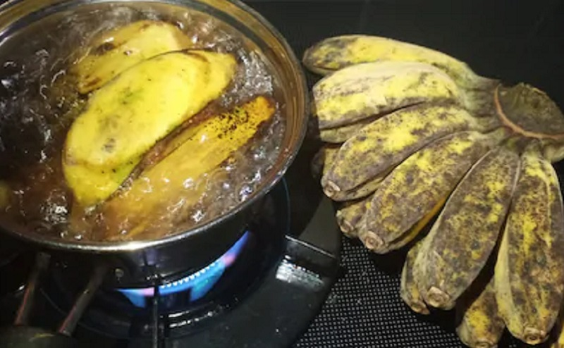 https: img.okezone.com content 2020 06 24 298 2235669 ini-manfaat-pisang-rebus-yang-perlu-kamu-tahu-cV2N4x6hkg.jpg