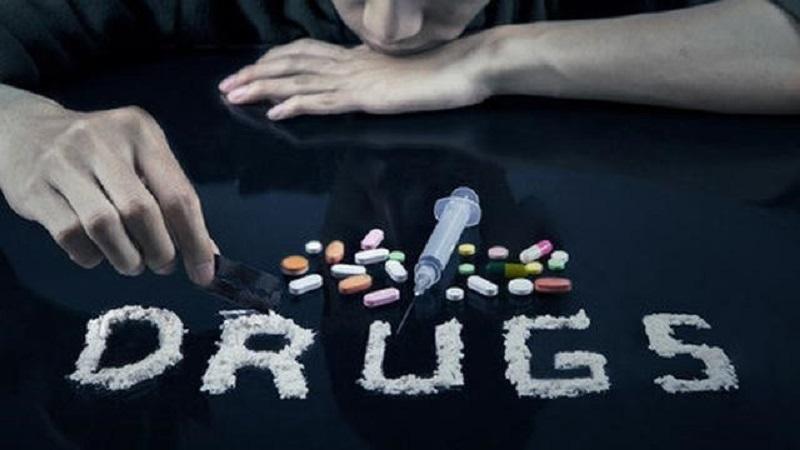 https: img.okezone.com content 2020 06 25 620 2236325 besok-hari-anti-narkoba-internasional-ini-efek-samping-obat-terlarang-GWCassUURa.jpg