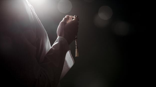 https: img.okezone.com content 2020 06 26 614 2237165 doa-yang-diajarkan-nabi-muhammad-saat-khalid-bin-walid-susah-tidur-fzNNPws63j.jpg