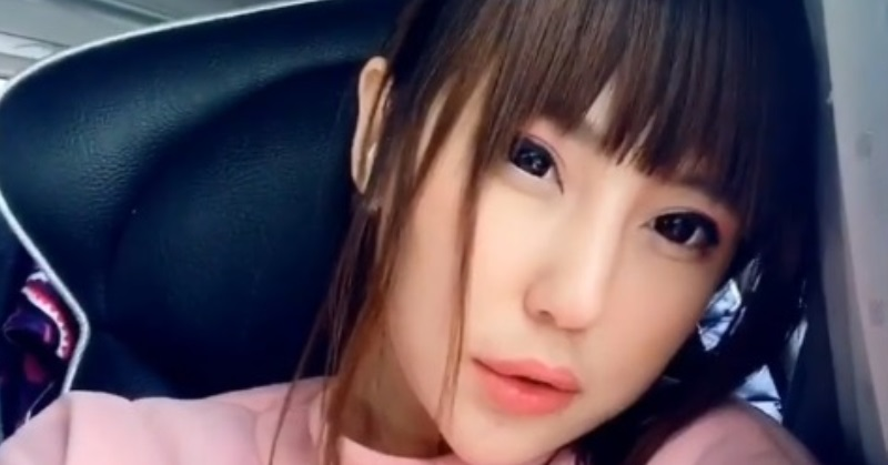 https: img.okezone.com content 2020 06 27 33 2237375 berparas-bule-5-aktris-ini-keturuan-betawi-z7Ra0byYj6.jpg