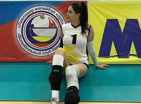 https: img.okezone.com content 2020 06 28 43 2237580 tatyana-demyanova-pevoli-asal-kazakhstan-yang-kerap-tampil-seksi-ECobqU4J8s.jpg