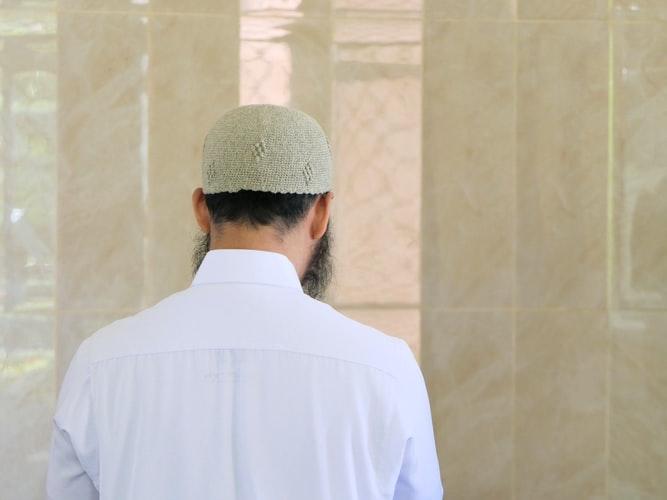 https: img.okezone.com content 2020 06 28 616 2237708 3-kriteria-calon-suami-yang-baik-untuk-muslimah-s1fqcZ10ca.jpg