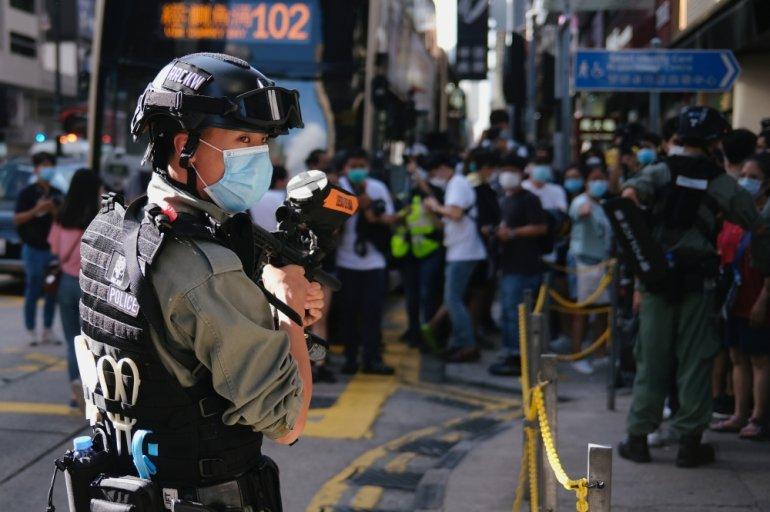https: img.okezone.com content 2020 06 29 18 2237974 bentrok-polisi-dengan-demonstran-di-hong-kong-sedikitnya-53-ditangkap-9uyCiFUxrZ.jpg