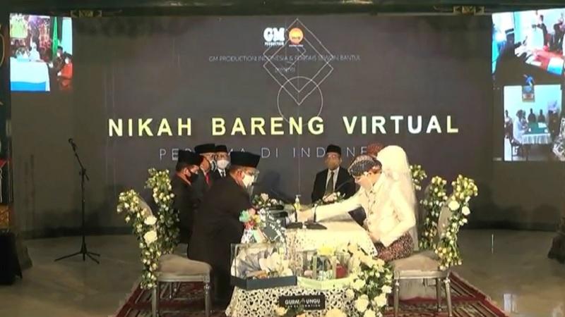 https: img.okezone.com content 2020 06 29 196 2238442 yogyakarta-adakan-pernikahan-massal-virtual-pertama-kali-di-indonesia-am65fzzaFw.jpg