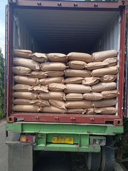 https: img.okezone.com content 2020 07 01 11 2239231 tingkatkan-ekspor-gula-semut-organik-purbalingga-tembus-pasar-internasional-TL0Z3Atscc.jpg