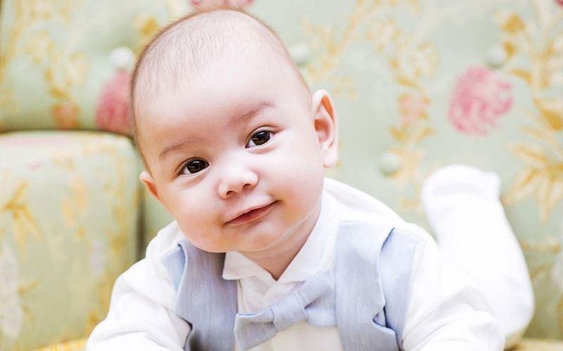 https: img.okezone.com content 2020 07 01 616 2239465 10-inspirasi-nama-bayi-laki-laki-islami-bermakna-saleh-dan-baik-hati-lzUuPMy7Ui.jpg