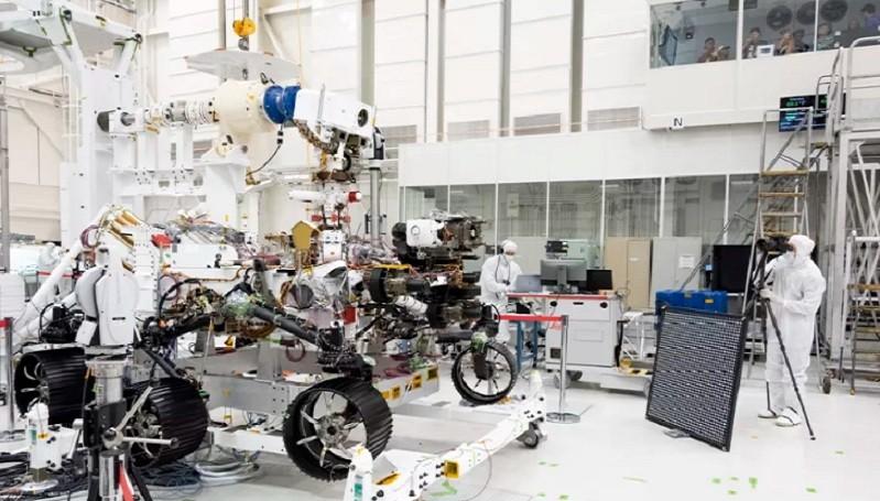 https: img.okezone.com content 2020 07 02 16 2239879 masalah-roket-bikin-nasa-tunda-peluncuran-rover-mars-2020-kSDRLpO2u5.jpg