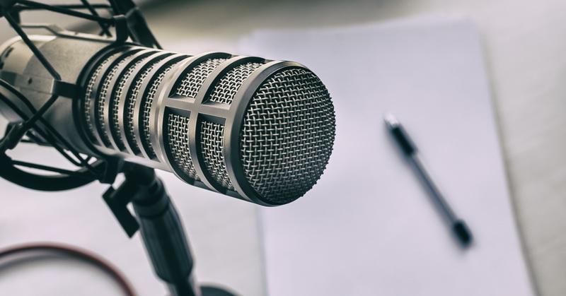 https: img.okezone.com content 2020 07 02 16 2240343 cara-mudah-bikin-podcast-kamu-sendiri-xEQMeb9rln.jpg
