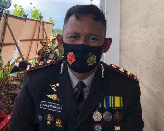https: img.okezone.com content 2020 07 02 340 2240030 sempat-buron-ketua-knpb-maybrat-papua-barat-ditangkap-atas-kasus-pembunuhan-9iHtOMyso8.jpg