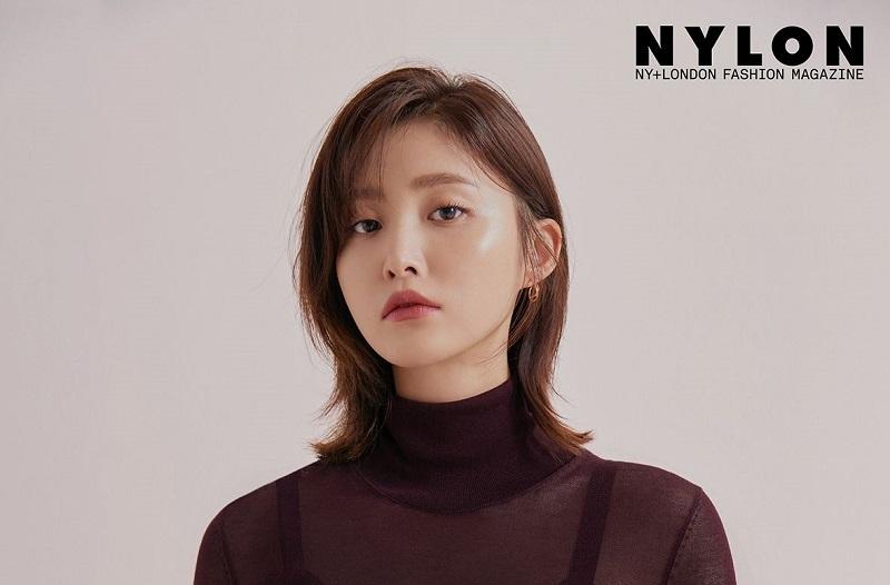 https: img.okezone.com content 2020 07 03 206 2240745 debut-layar-lebar-jeonghwa-exid-langsung-terjebak-cinta-segitiga-j1CNg1KPwC.jpg