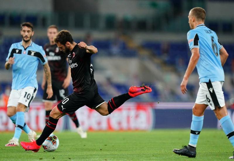 https: img.okezone.com content 2020 07 05 47 2241326 lazio-vs-milan-rossoneri-bekap-tuan-rumah-3-0-o9dkrUTmfC.jpg