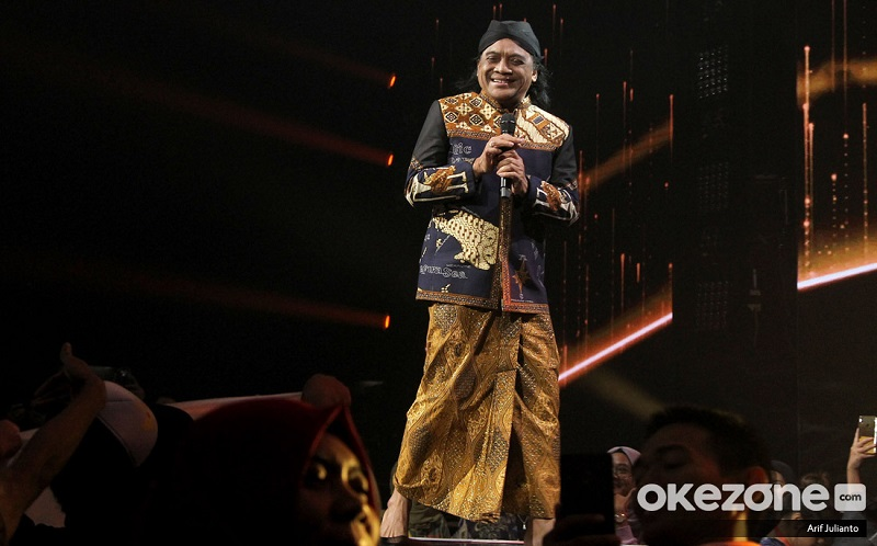 https: img.okezone.com content 2020 07 06 33 2242124 film-sobat-ambyar-warisan-mendiang-didi-kempot-0Ly8bVQwlX.jpeg